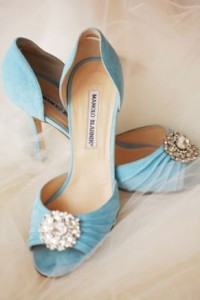 so lovely... I have shoes just like this, but in pewter. Love them!!!