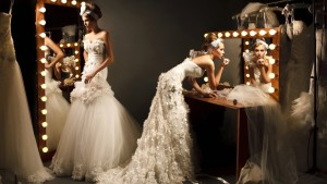 header-wedding-dress-trends-2013-feathers