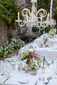 Simple garden tablescape. Outdoor Party Lighting http://pinterest.com/wineinajug/outdoor-party-lighting/