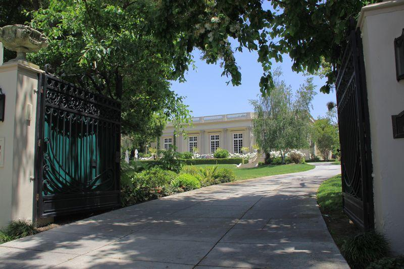 Stunning Private Estate Pasadena
