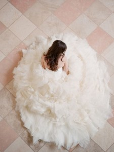 7 Wedding Dress Tips and Ideas