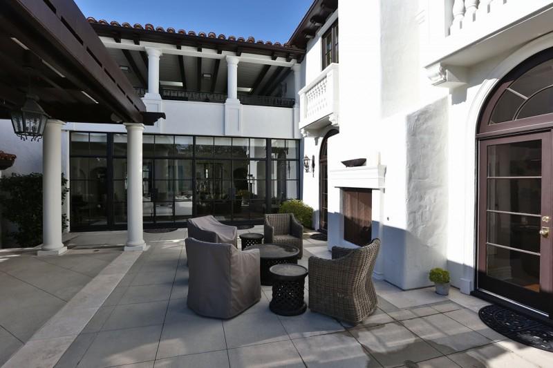 beverly hills mansion wedding venue in Beverly Hills